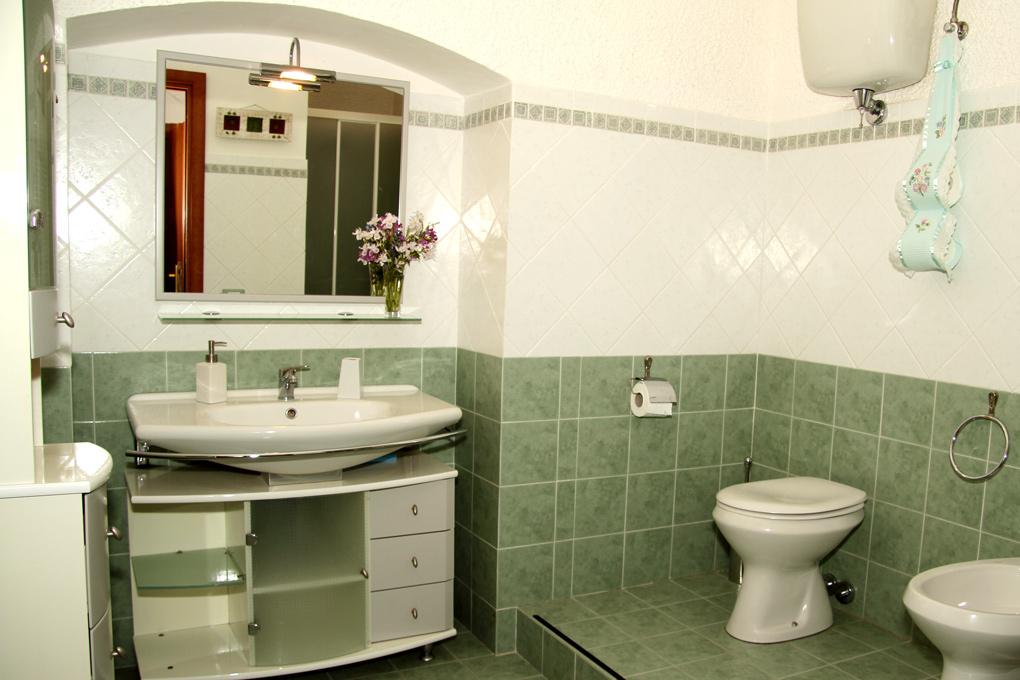 Il Querceto BeB Perugia - Appartamento Giardino - Bagno Camera Rosa